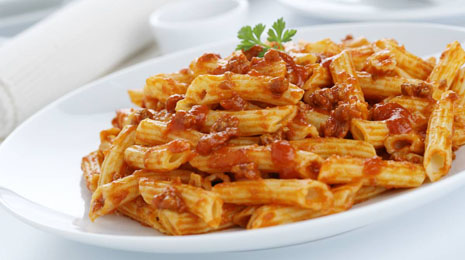 food;macaroni;pasta;pastry;bolognese;sauces;tomatoes;meat;veal;cow;cattle;parsley;herbs;macaroni;pasta;pastry;bolognese;sauces;tomato;meat;veal;cow;onions;red peppers;vegetables;parsley;herbs;detail;penne;tubes